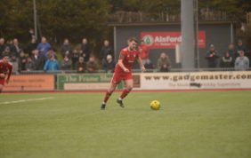Worthing Cruise To Victory In Six Goal Thriller